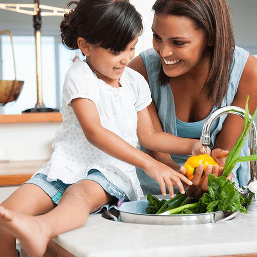 4 idées d'ateliers cuisine pour faire jouer les petits gourmands avec l'endive