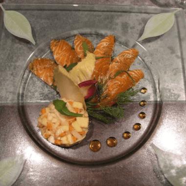 Saumon mariné à l'aneth (Gravlax) & salade d'endives