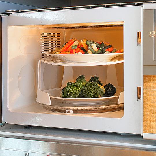 Durée De Vie D Un Micro Onde cuire des légumes au micro-ondes : bonne ou mauvaise idée ?