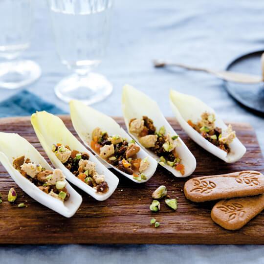 Feuilles d'endives au foie gras et spéculoos