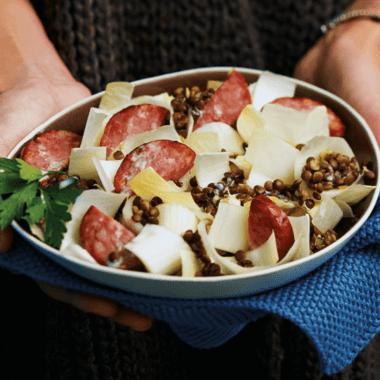 Salade d'endives à la saucisse de Morteau