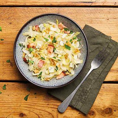 Salade d'endives aux noix et bleu d'Auvergne